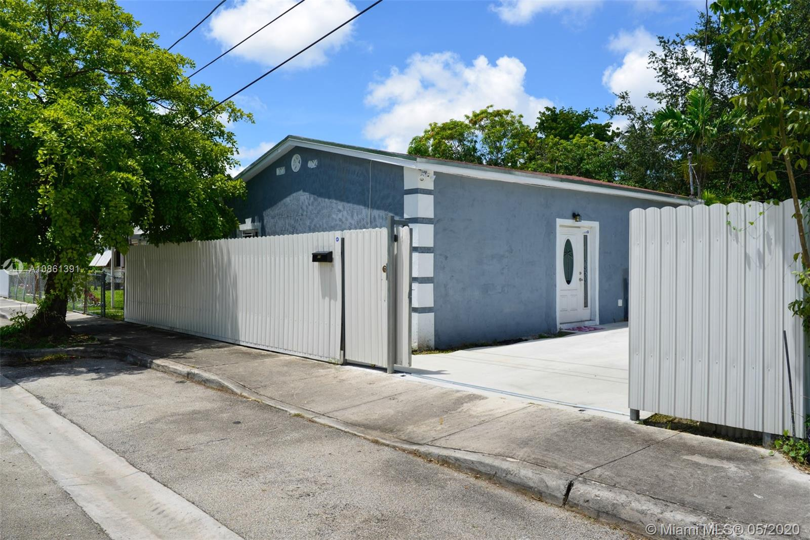519 NW 52 ST  For Sale A10861391, FL