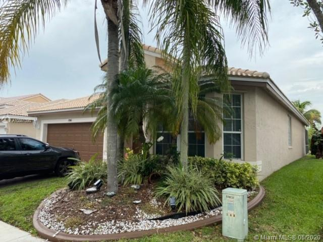 17961 SW 33rd St  For Sale A10861398, FL