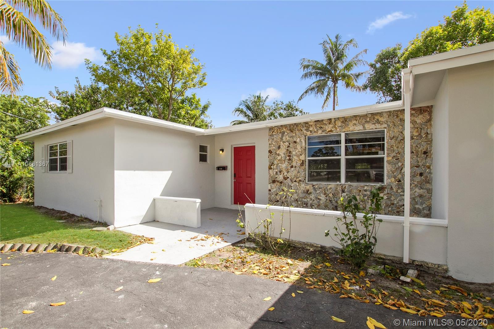 Newly renovated and move-in ready! This lovely 3 bedroom 2 bath home is waiting for you! Come tour today!