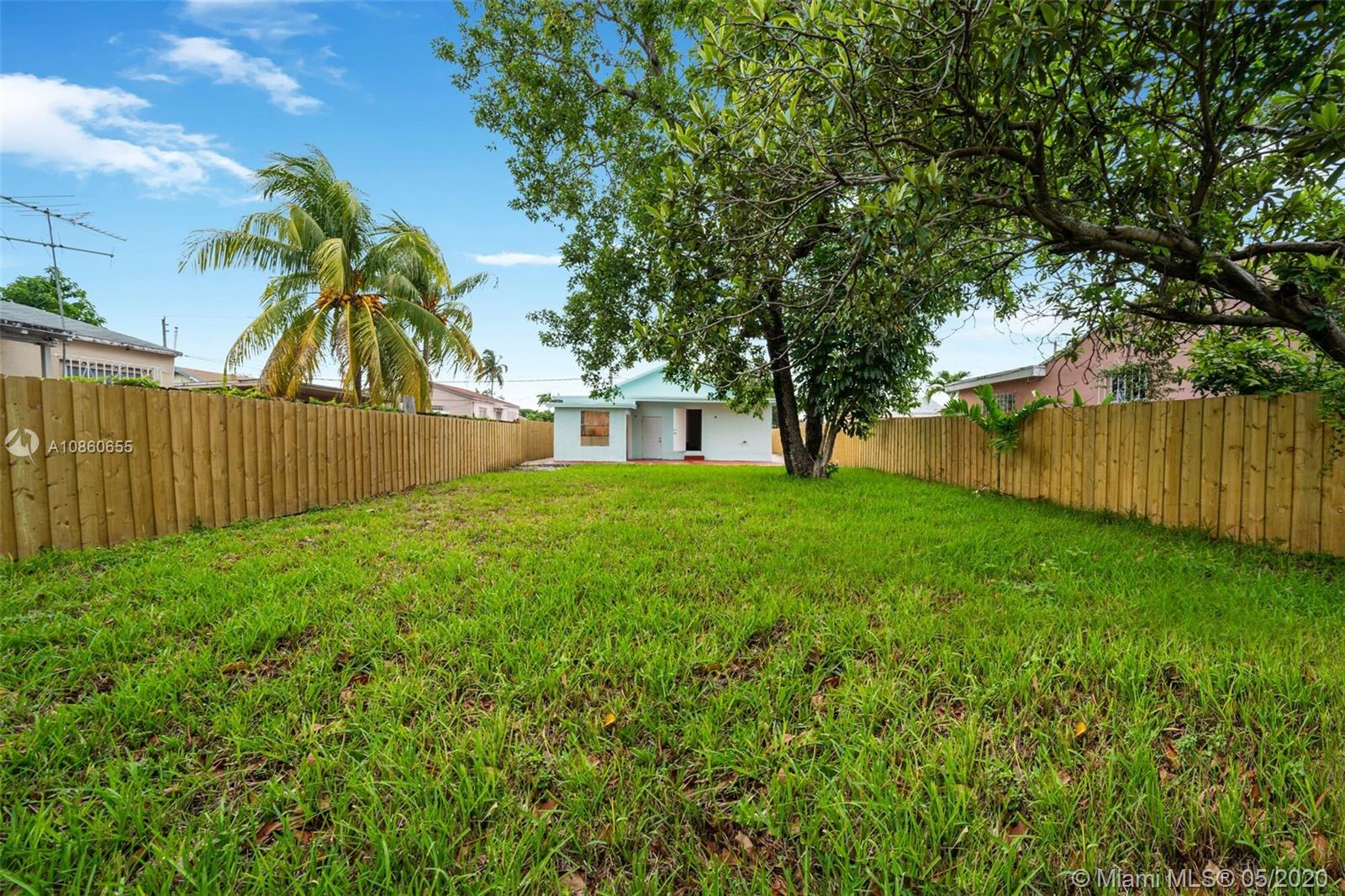 2738 NW 28th St  For Sale A10860655, FL