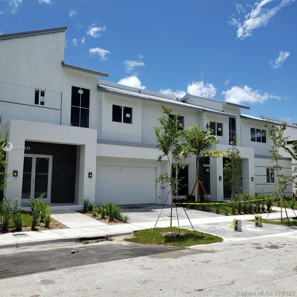 PALMERA BUILDER CLOSE-OUT!  Last chance to buy a brand new, contemporary town home in the heart of Lakeridge. This exciting community of 10 town homes is in a prime location adjacent to Victoria Park but on a quiet side street.  Call today to schedule a private showing and you will be impressed with the clean urban design, coastal-inspired finishes, thoughtfully designed floor plan and quiet location.  Designer finishes are currently being installed and this beautiful home should be ready for you by the end of June/early July.  This three-bedroom Majestic model has 2,212 under air sq ft, 2-car garage and a fenced-in yard. Only two homes are still available so don't wait to make your visit to Palmera!