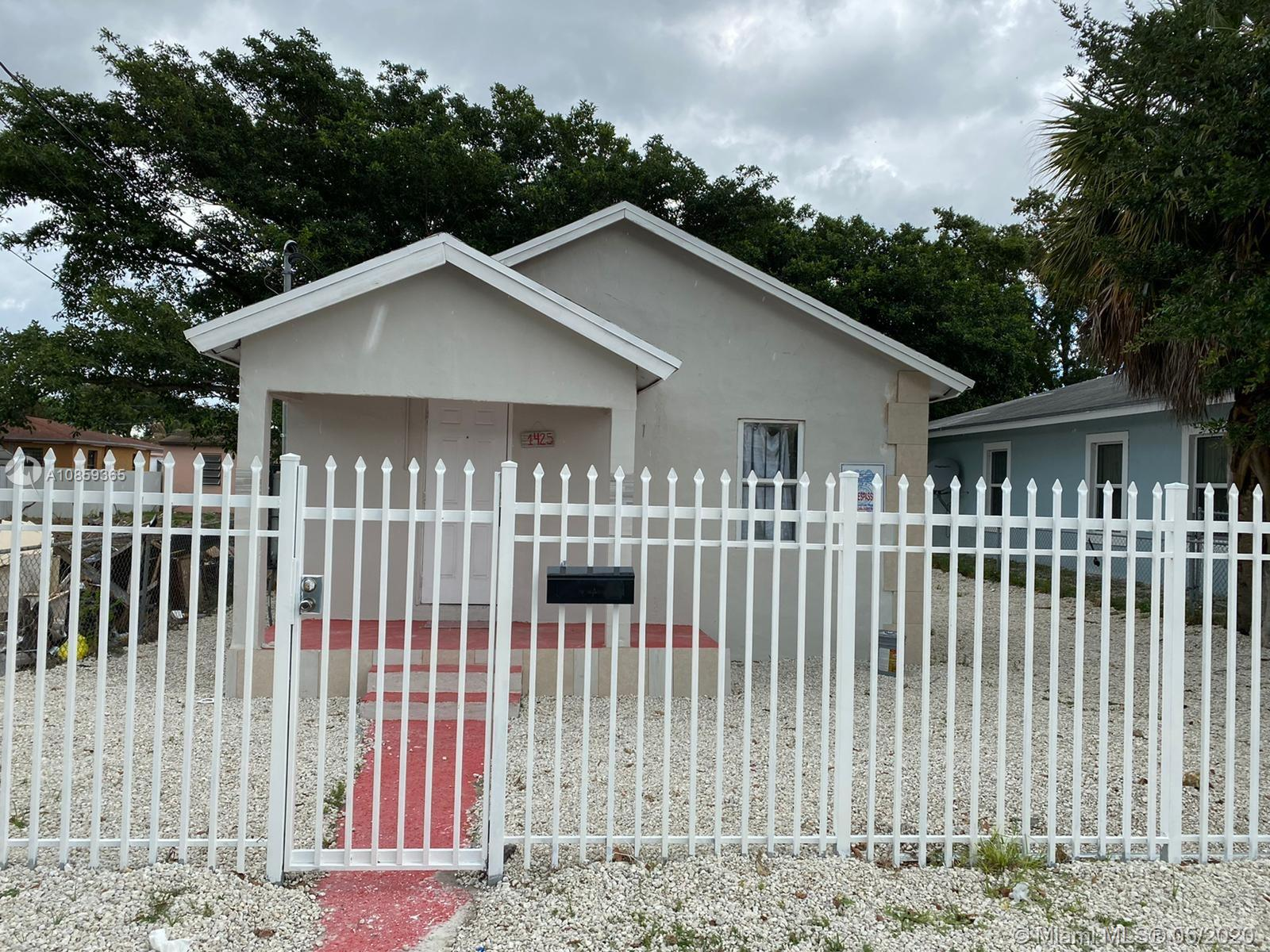 1425 NW 68th St  For Sale A10859365, FL
