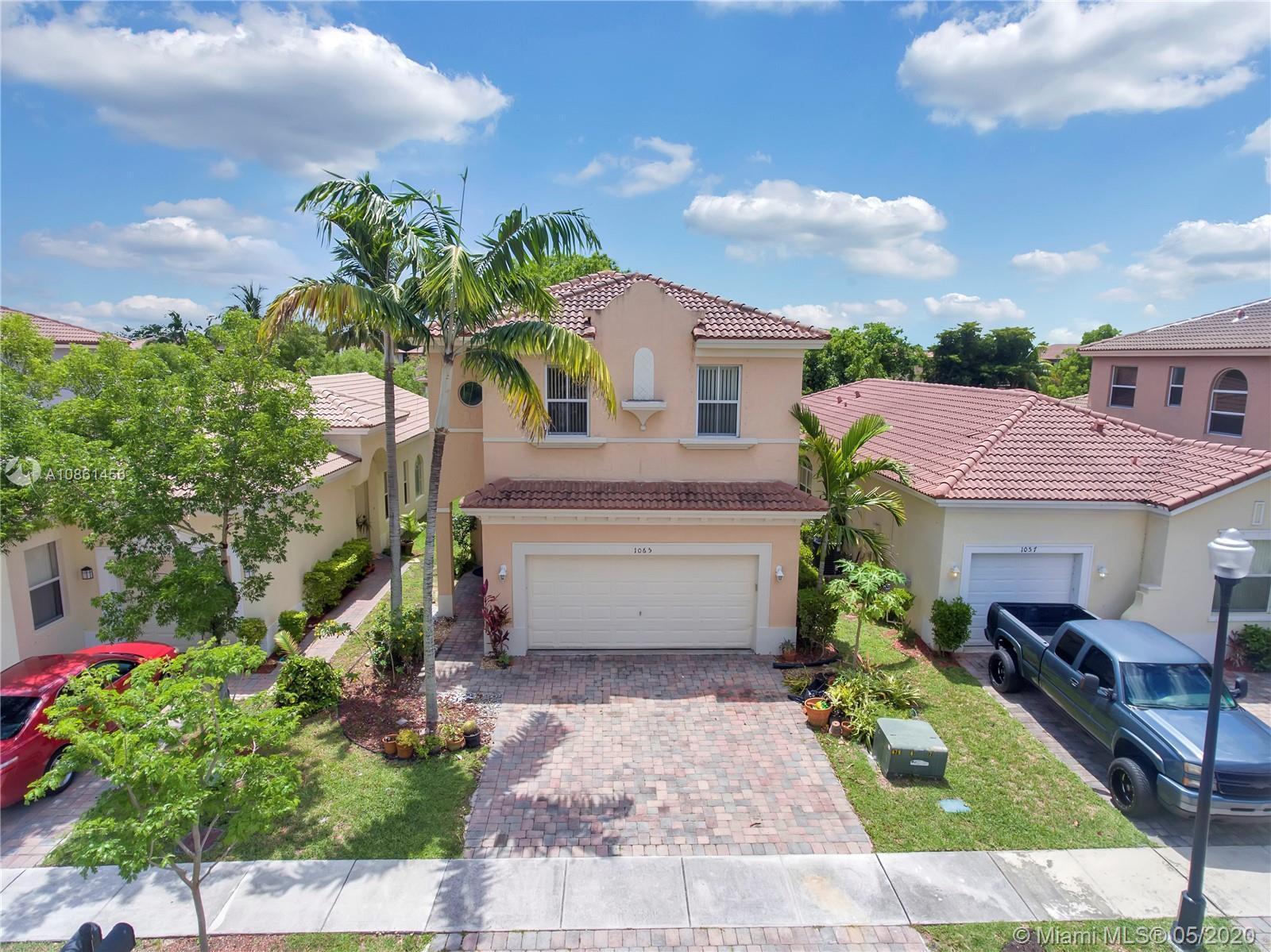 1065 NE 40th Rd  For Sale A10861456, FL