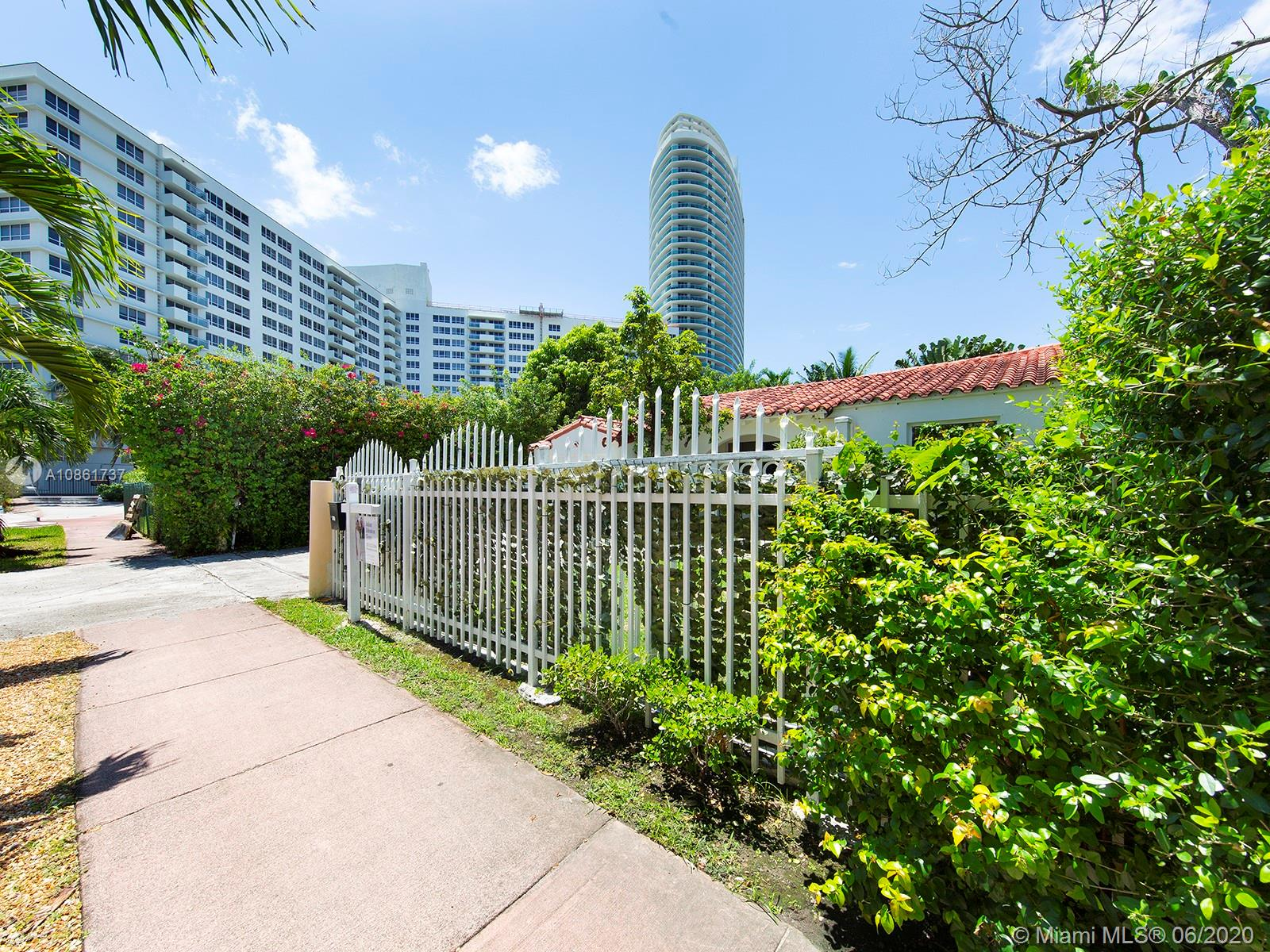 1339  14th Ter  For Sale A10861737, FL
