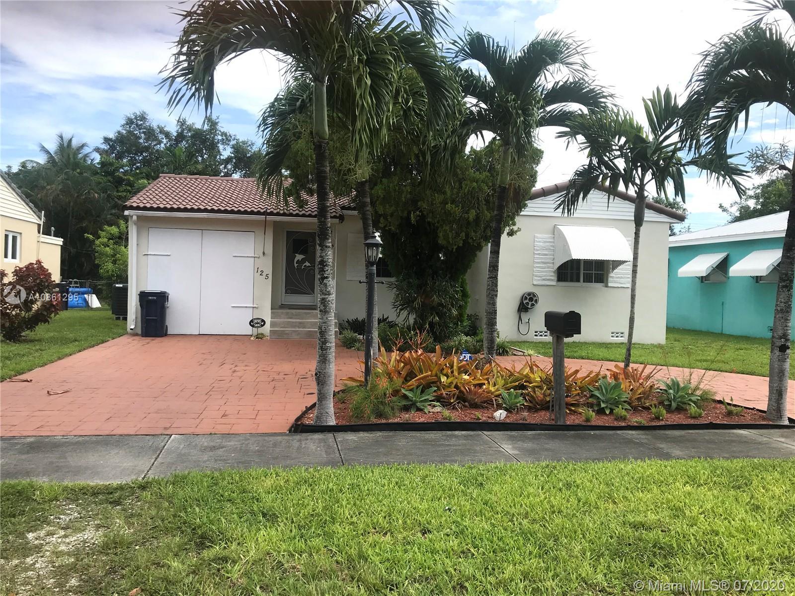 125  Whitethorn Dr  For Sale A10861295, FL
