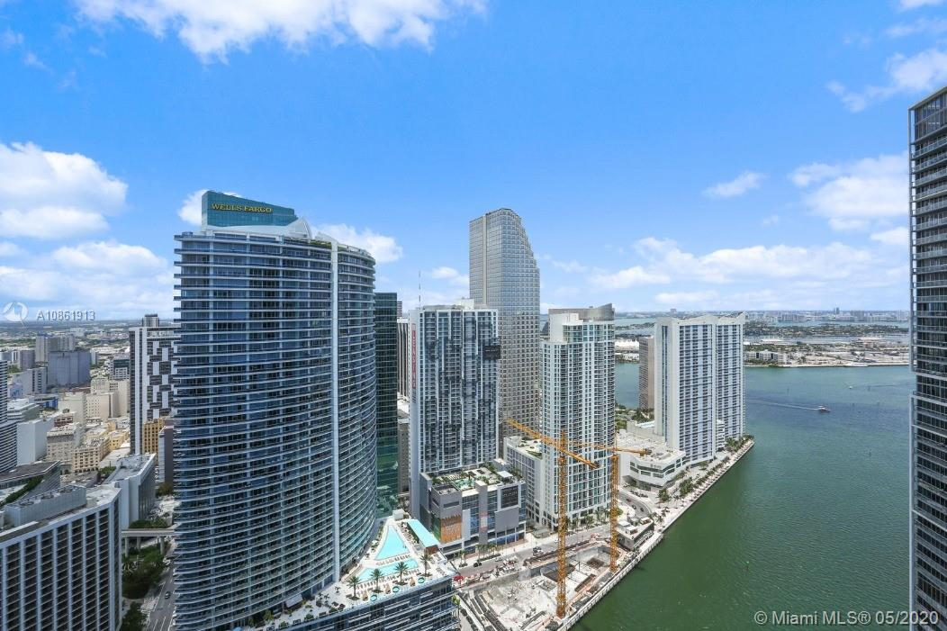 Gorgeous modern 1 bedroom / 1 bathroom (apartment located with porcelain floors at the luxury Icon Brickell Tower III in downtown Miami. White porcelain tile throughout. Fantastic views of the Miami River and city. Resort style living with superb amenities. Beautiful ocean views, large balcony. Building offers five starts amenities, including: pool, spa, and gym. Valet only. Washer and dryer in the unit. Close to Mary Brickell Village, new Brickell City Center shopping and Metro-Mover. Minutes away form Downtown Miami Area, new museum, Miami Beach, Coconut Grove and airport. Sold unfurnished.