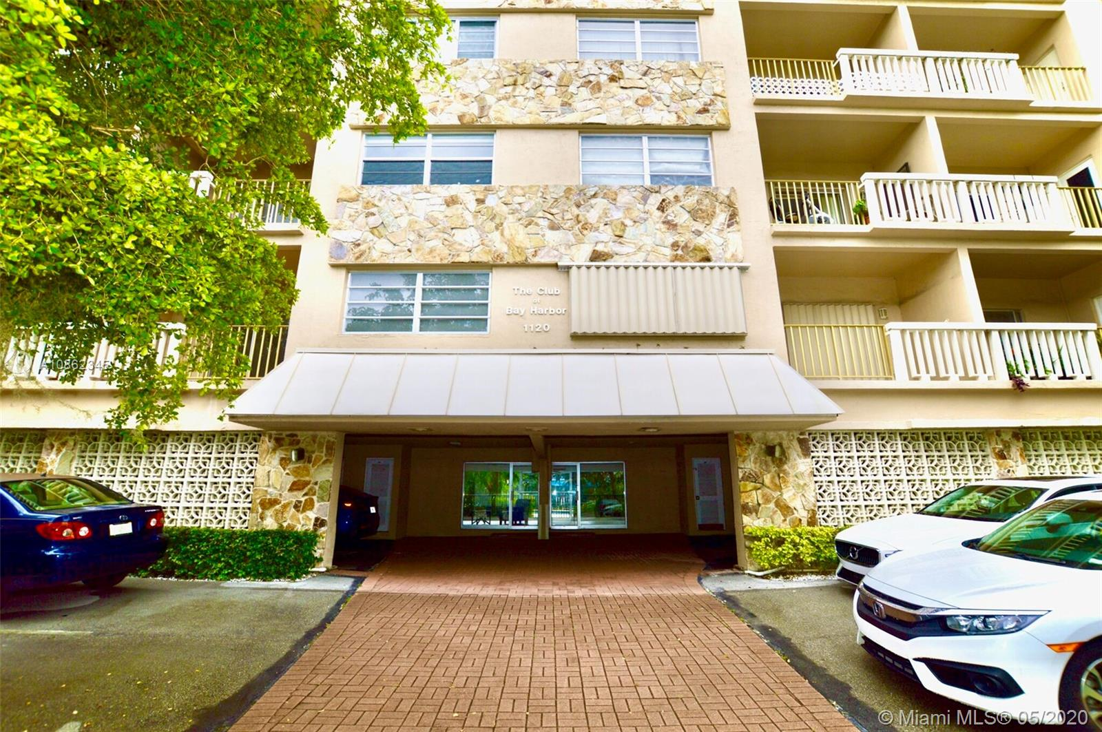 1 Bedroom 1.5 bath plus a den or office corner unit with balcony close to Collins and 96th st. Unit has been remodeled and selling furnished.