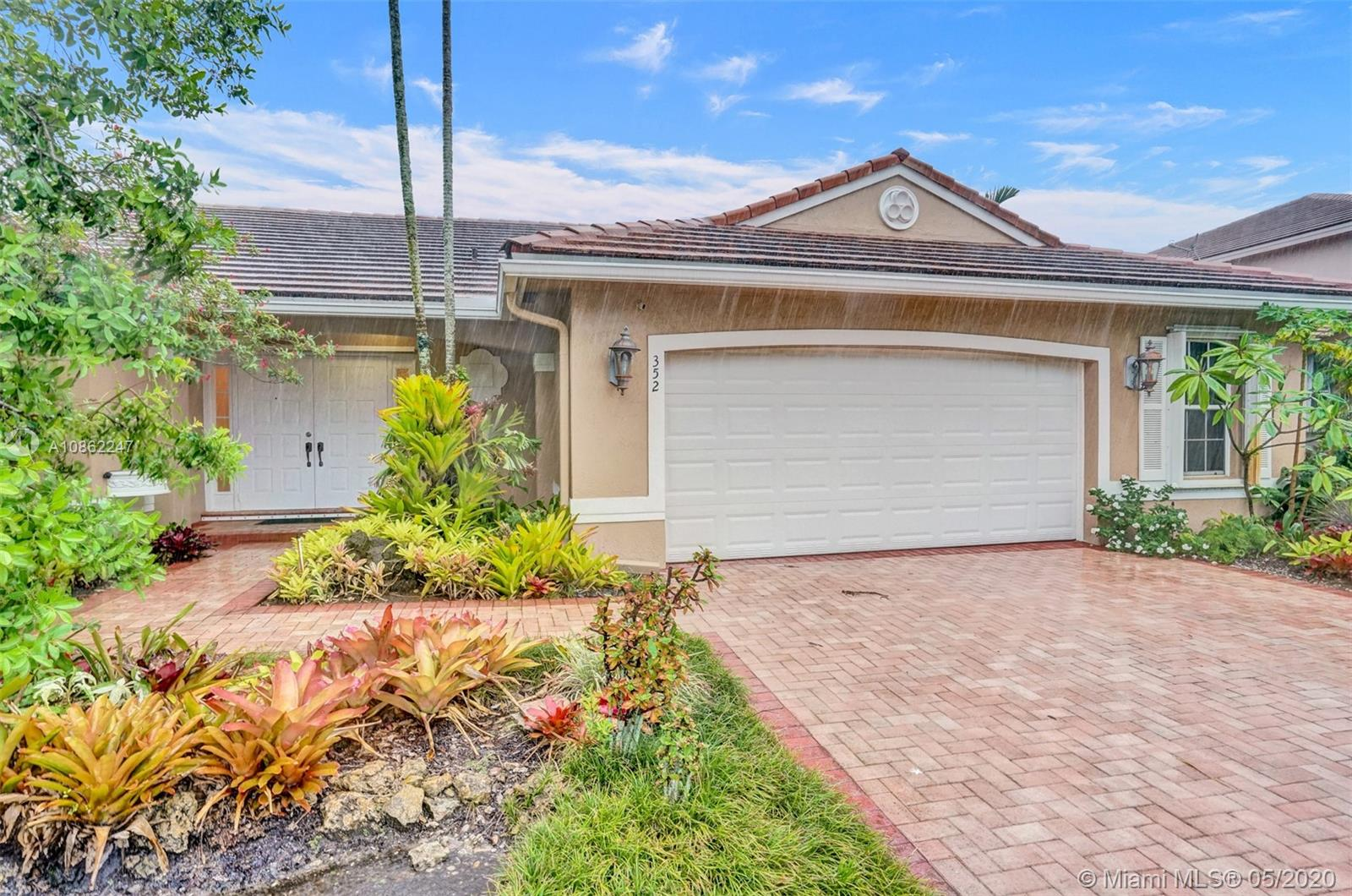 352 SW 187th Ter  For Sale A10862247, FL