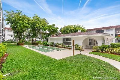 1040 SE 4th Ave #123 For Sale A10862427, FL