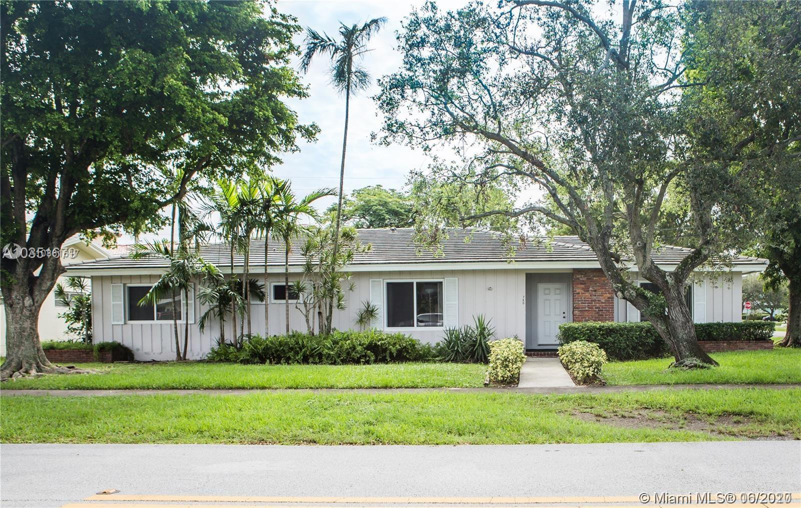 786  Benevento Ave  For Sale A10861617, FL