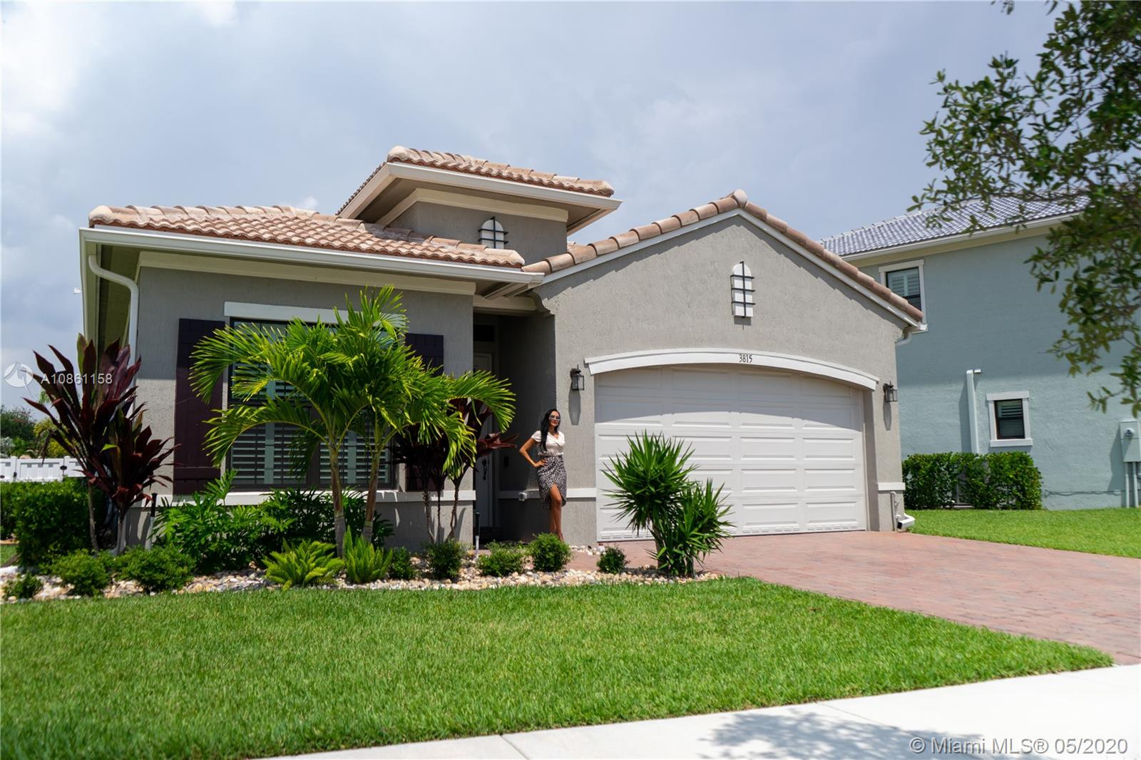 3815 NW 89th Way  For Sale A10861158, FL
