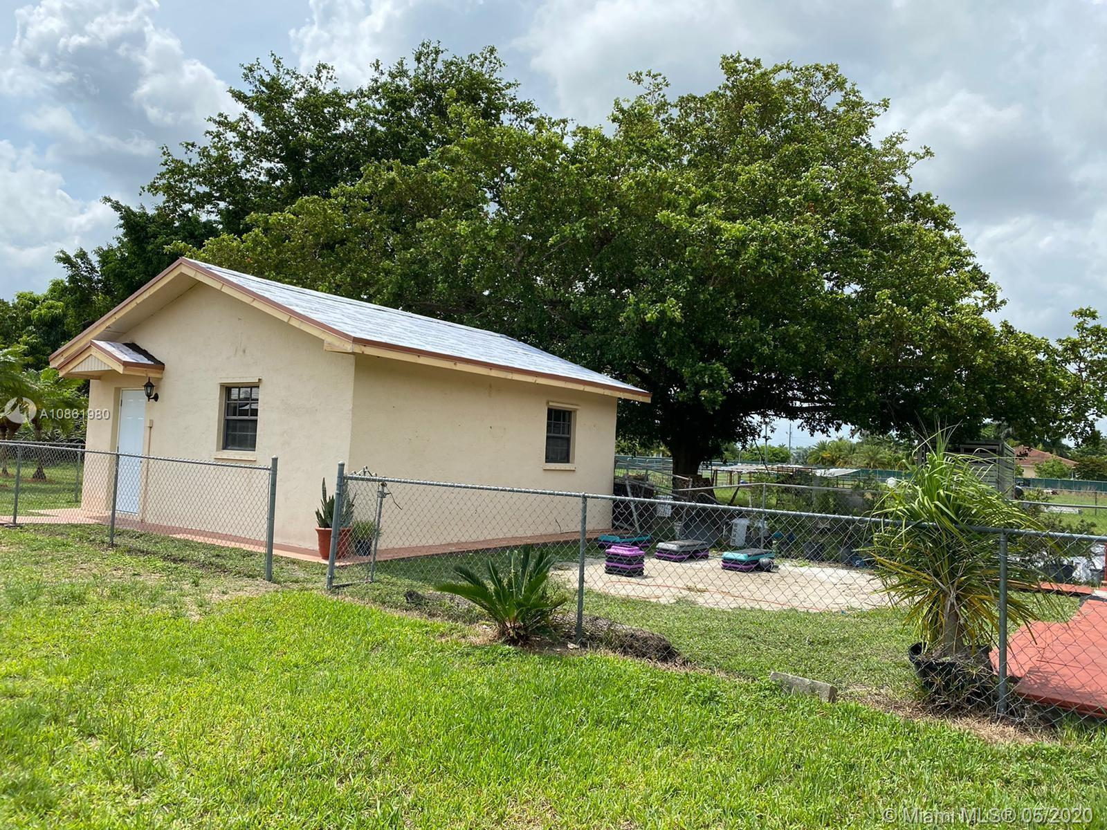 16885 SW 192nd St  For Sale A10861980, FL