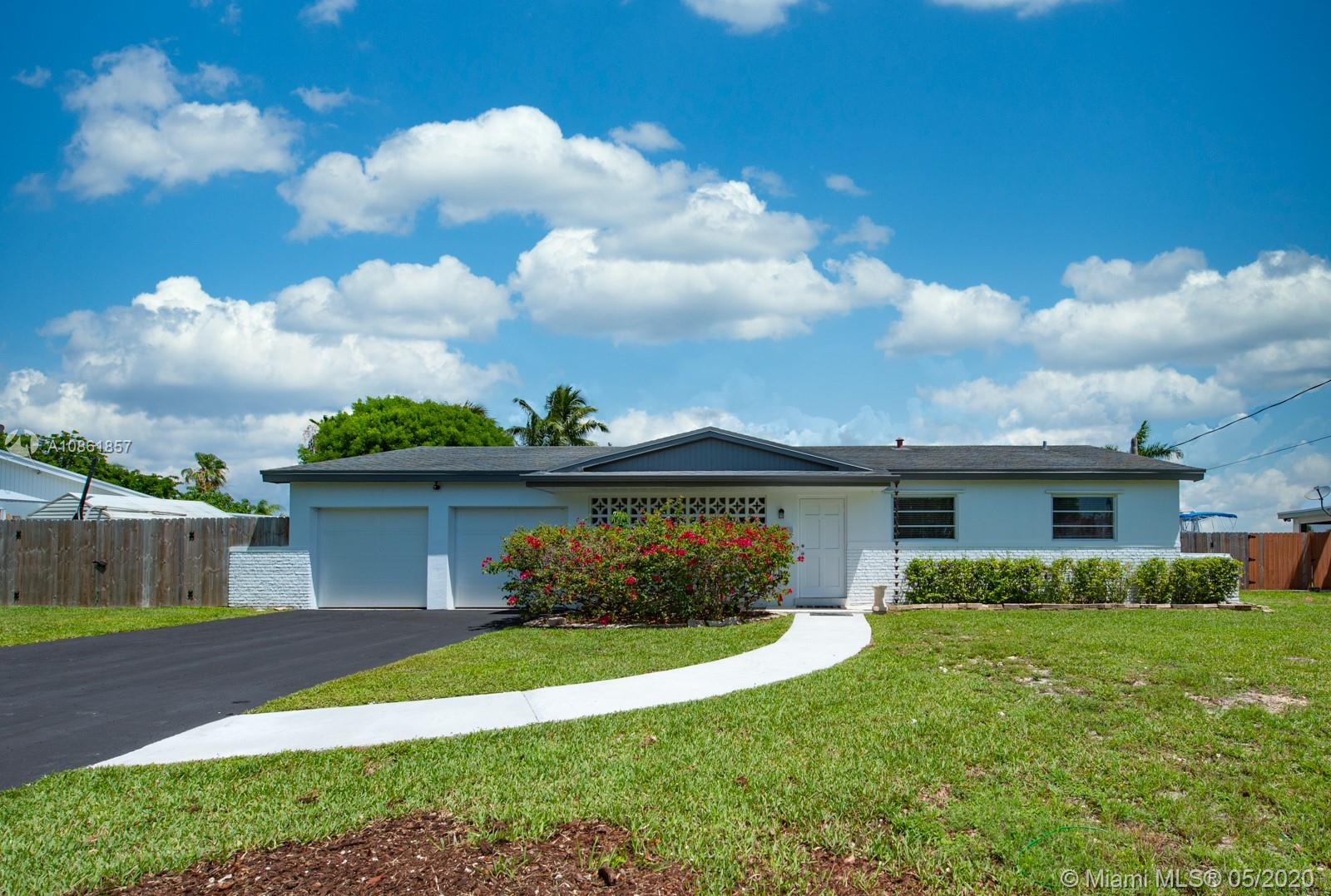 8921 SW 196th Dr  For Sale A10861857, FL