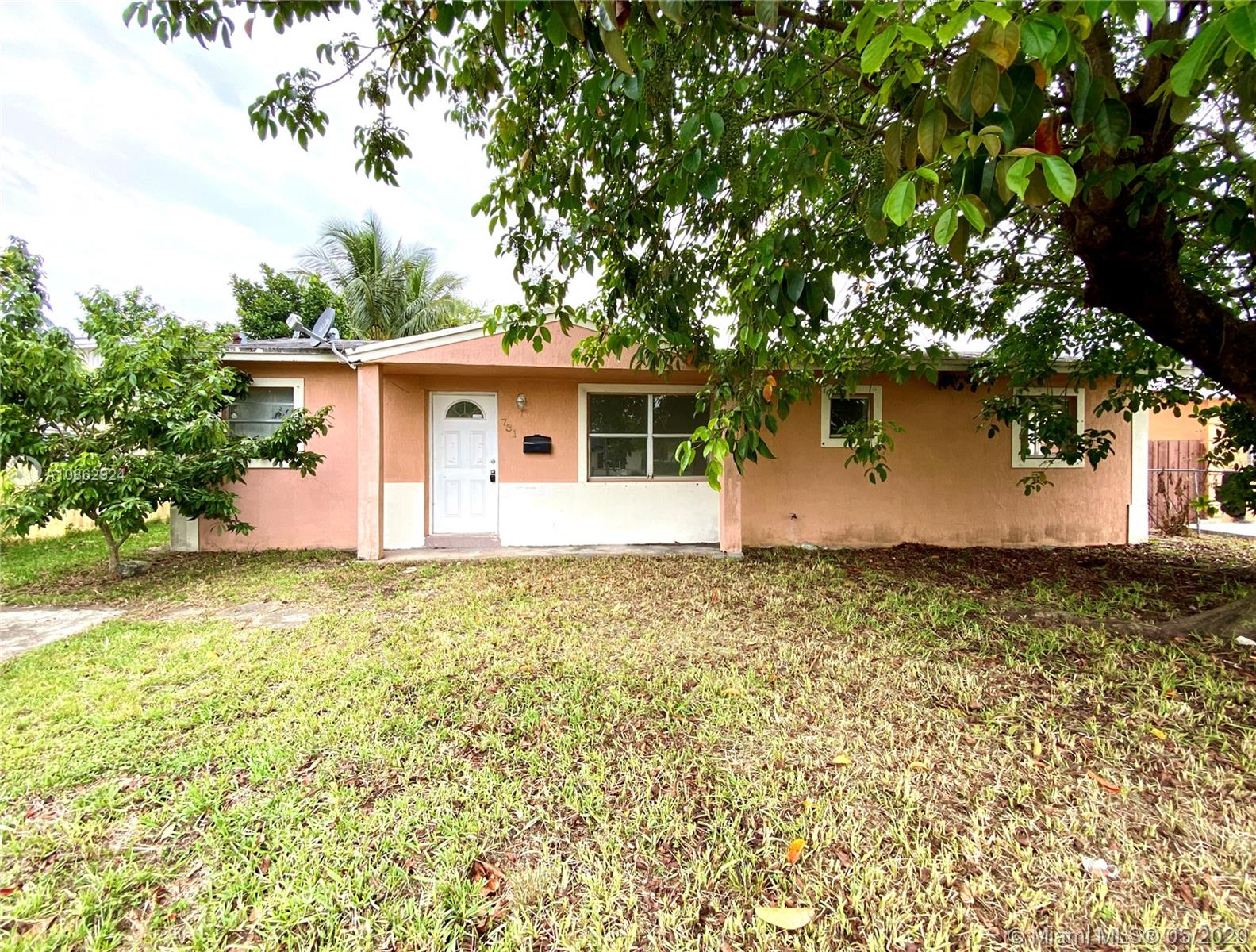 731 NW 9th St  For Sale A10862924, FL