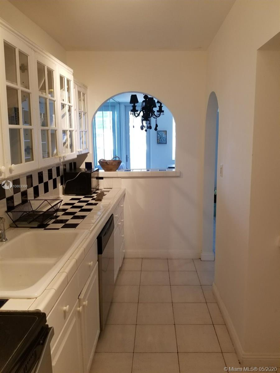 100  Lincoln Rd #1029 For Sale A10863398, FL