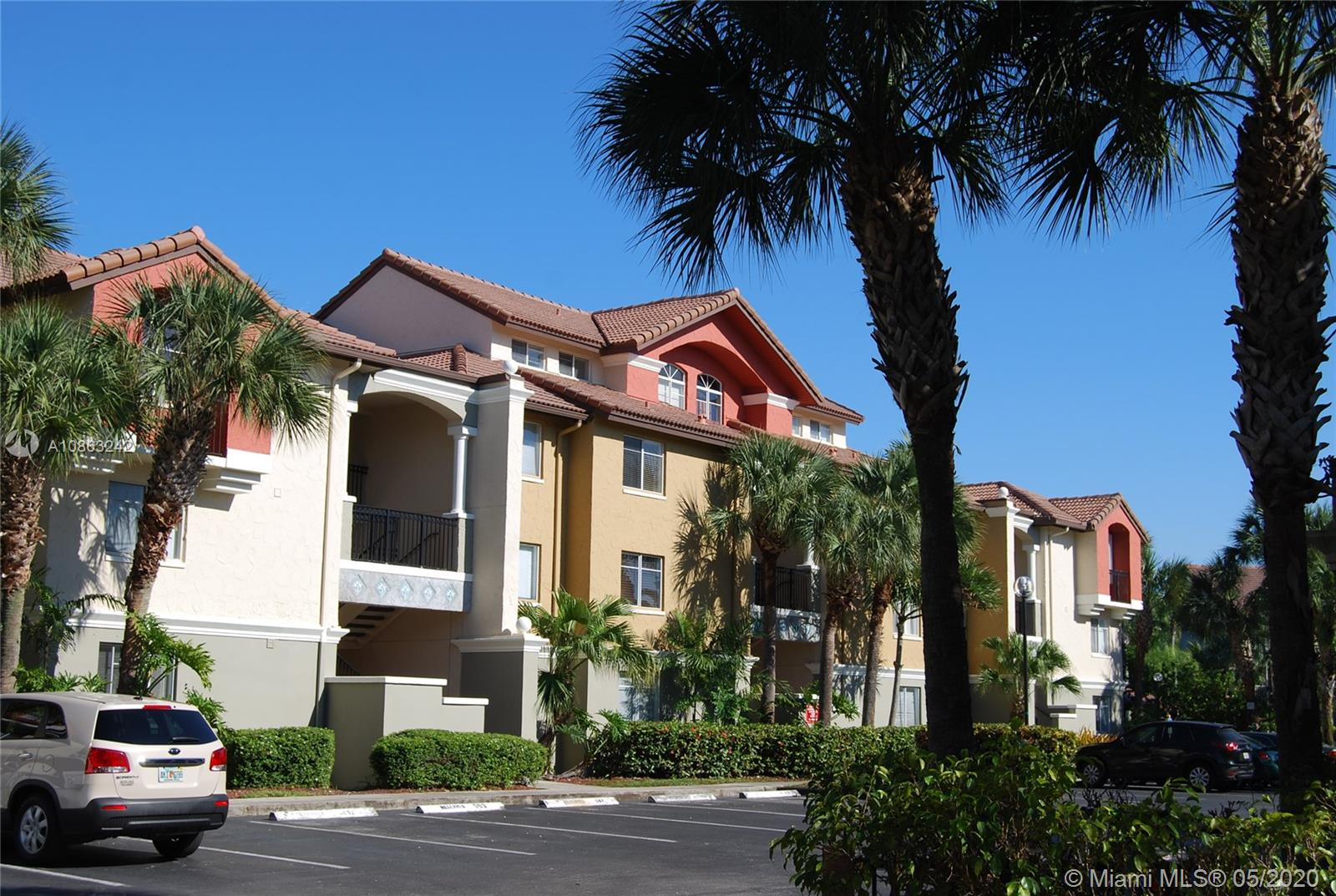 10045 NW 46th St #204-2 For Sale A10863242, FL