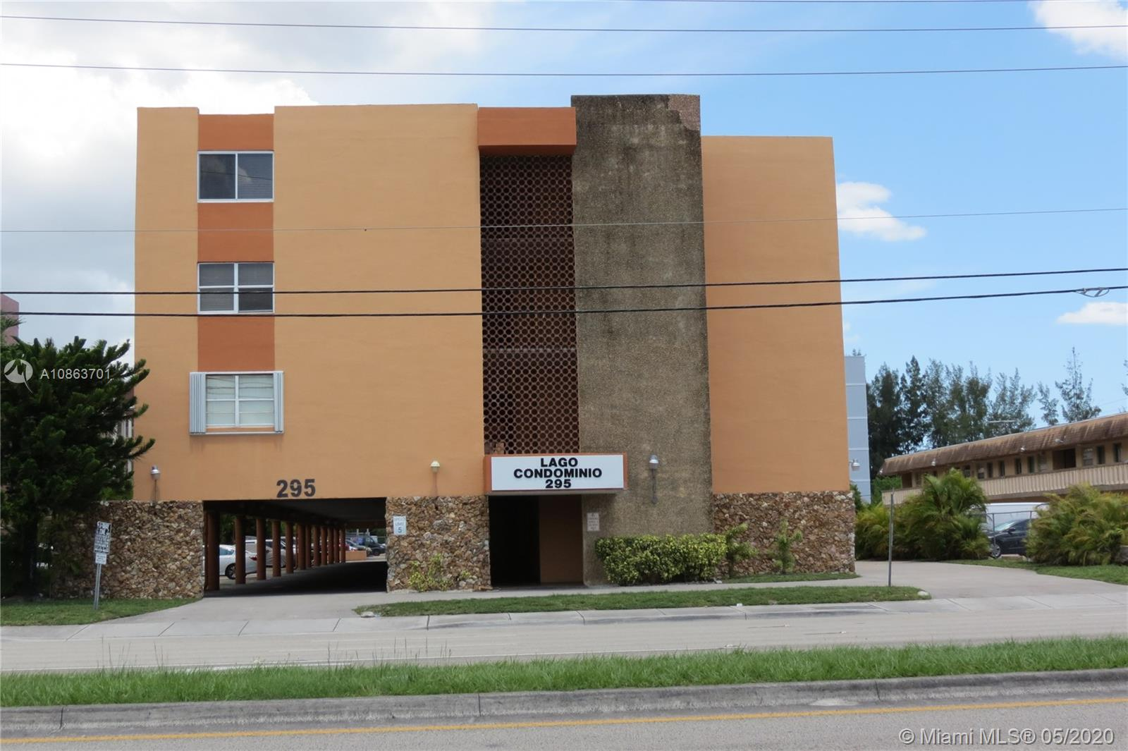 295 NW 72nd Ave #306 For Sale A10863701, FL