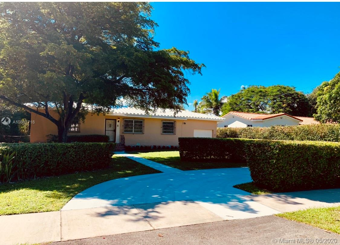 3240 SW 57th Ave  For Sale A10863718, FL