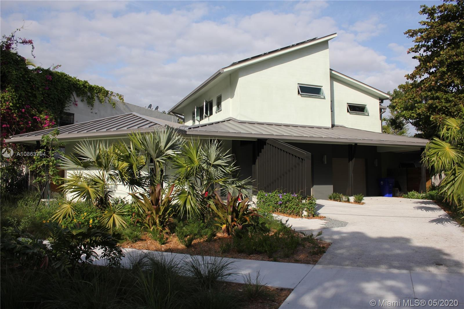 2551  Trapp Ave  For Sale A10863794, FL