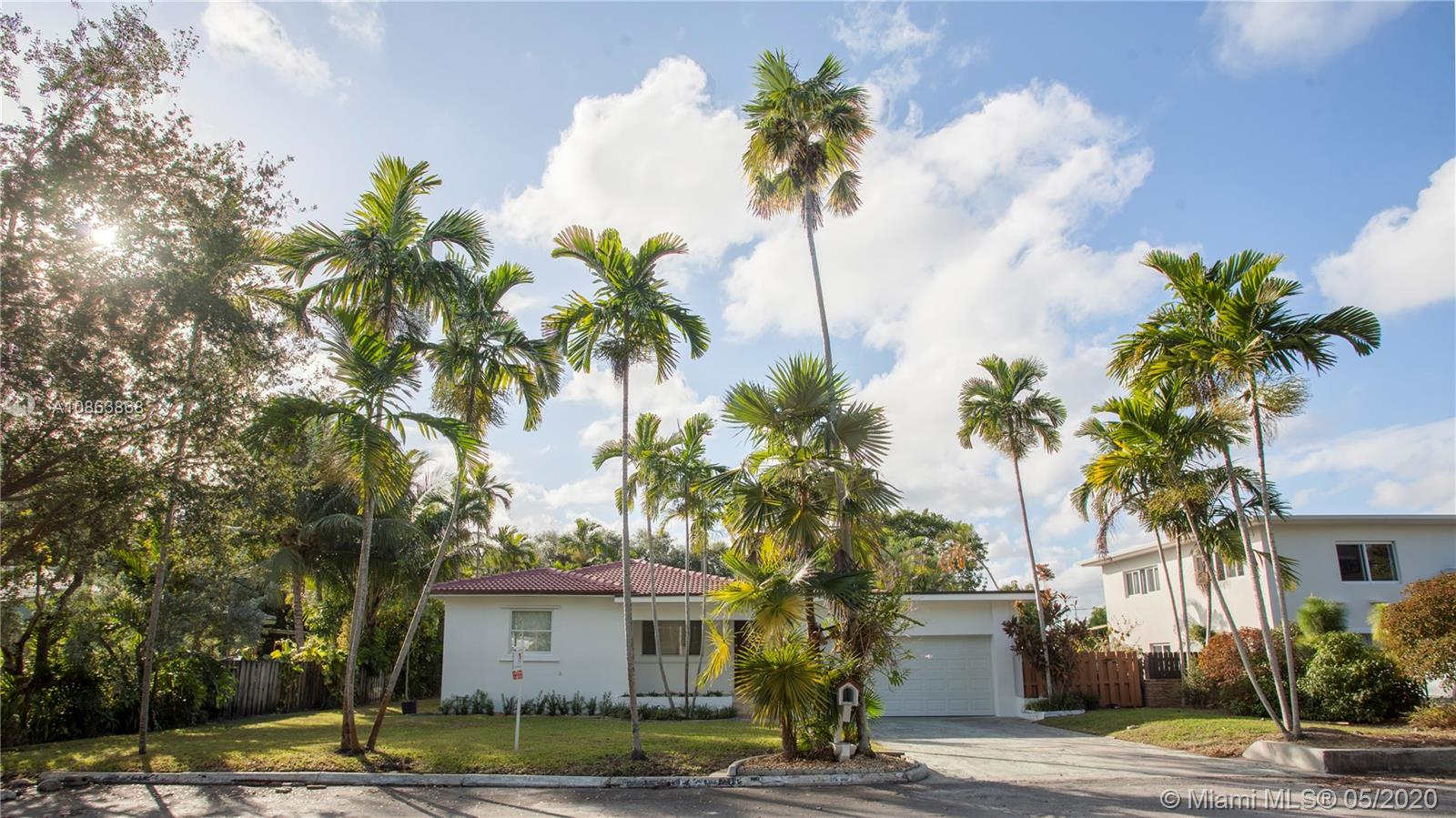 10642 NE 10th Ct  For Sale A10863868, FL