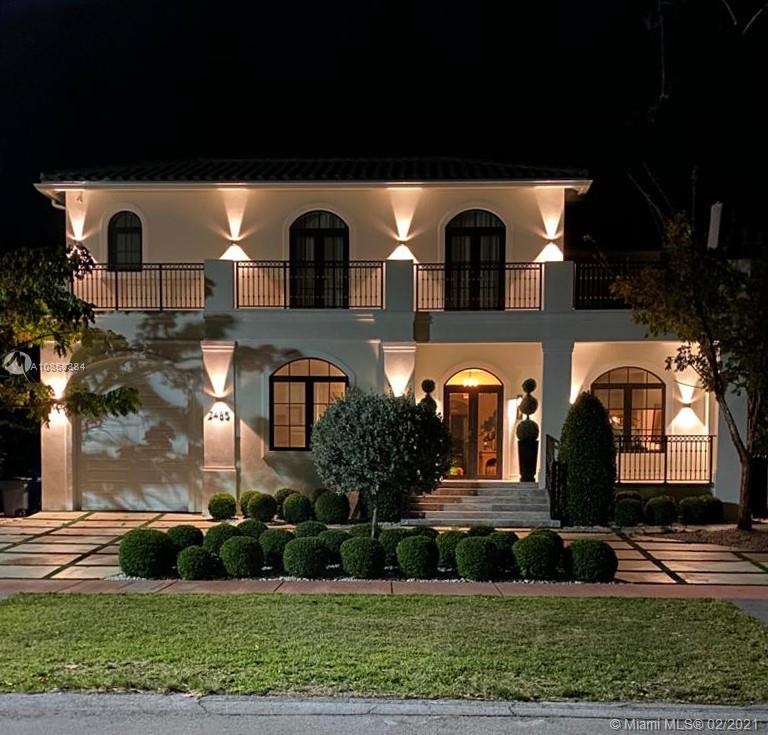 2485  Meridian Ave  For Sale A10858384, FL