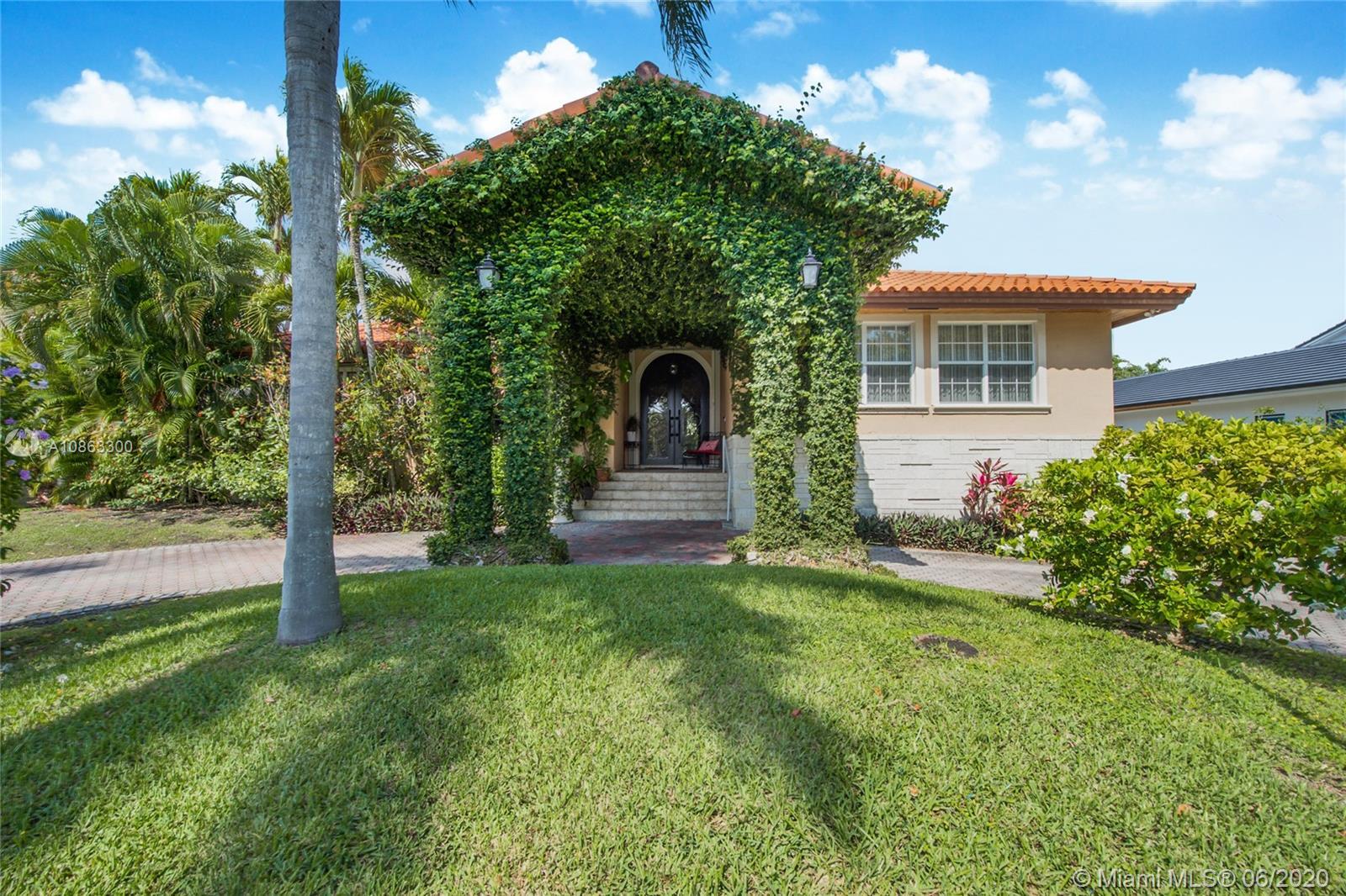 180  Isla Dorada Blvd  For Sale A10863300, FL
