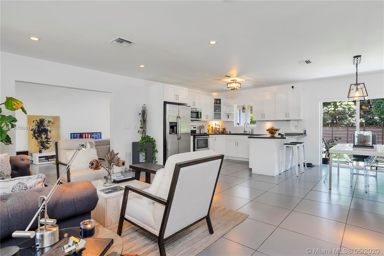 137 NW 106th St  For Sale A10861844, FL