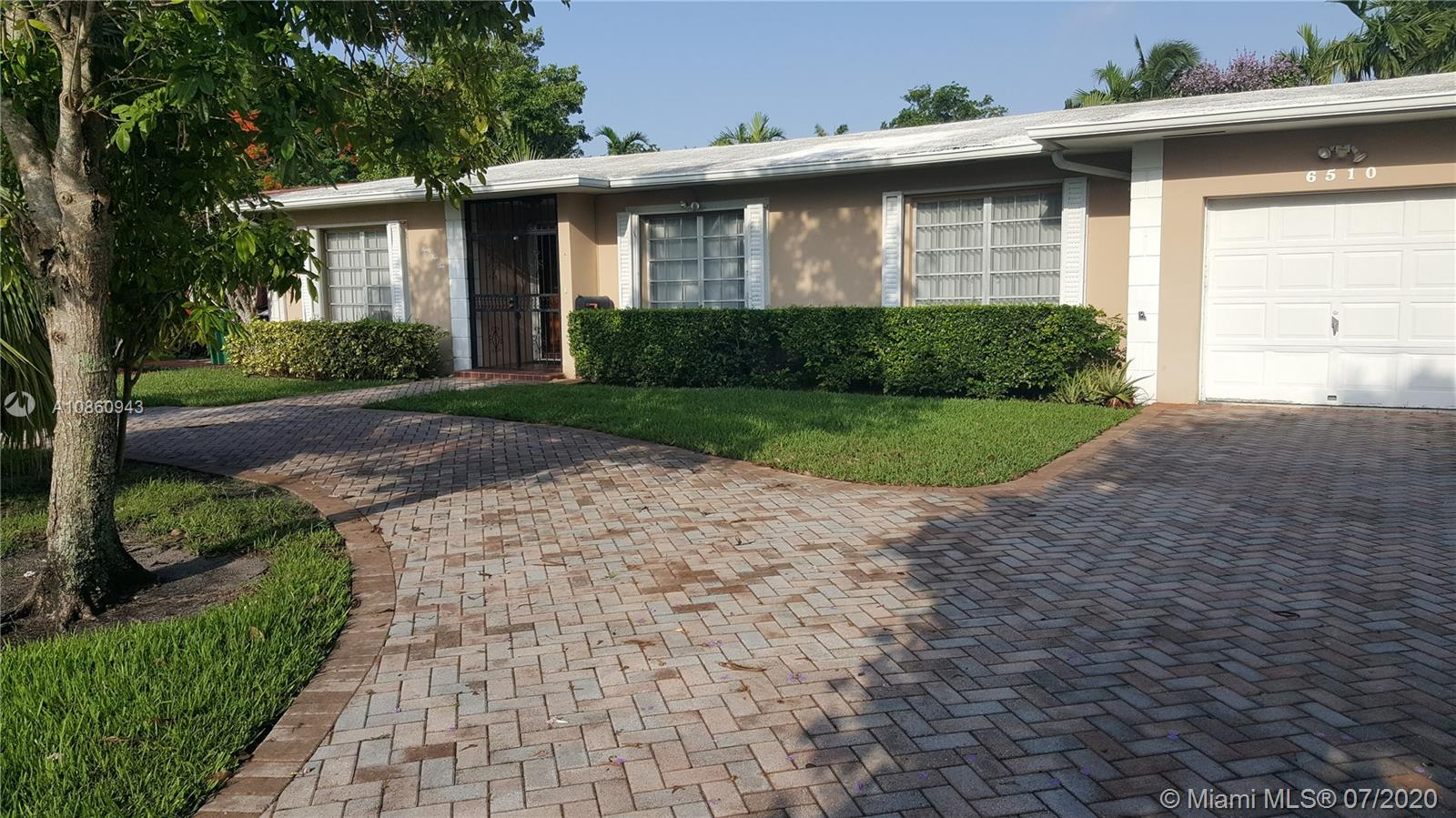 6510 SW 93rd Ave  For Sale A10860943, FL