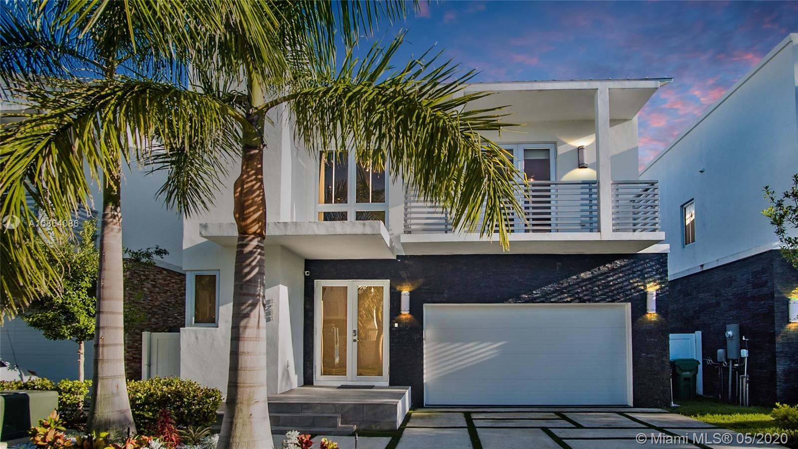 8288 NW 34th St  For Sale A10864086, FL