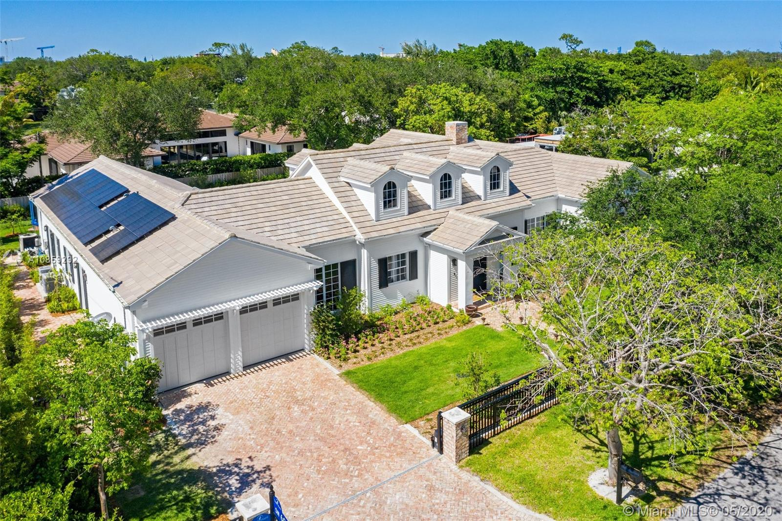 5991 SW 81st St  For Sale A10859292, FL