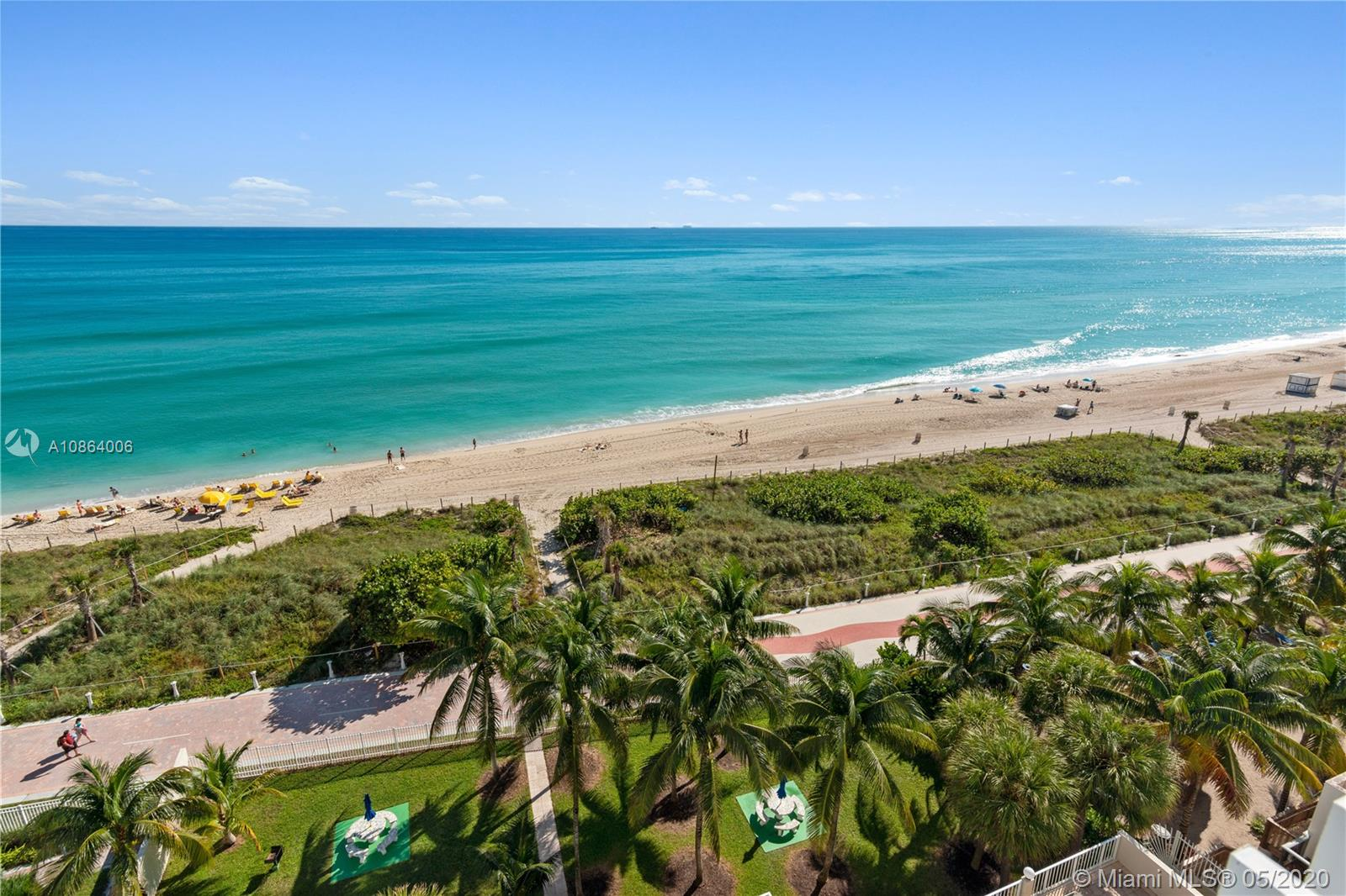 BEAUTIFUL 2/2 OCEANFRONT APT WITH SPECTACULAR VIEWS. NEWLY REMOLDED KITCHEN ONLY 3 UNITS PER FLOOR. WASHER AND DRYER IN THE UINT. PRIVATE POOL, PICNIC AREA WITH BBQ. UNDERGOUND PARKING AND 24HR SECURITY