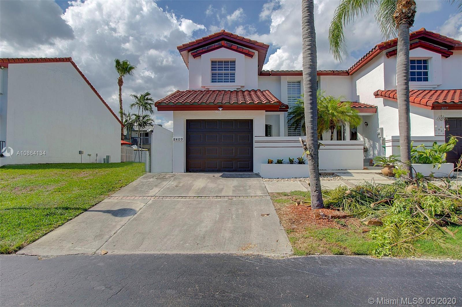 8409 SW 208th Ter #8409 For Sale A10864134, FL