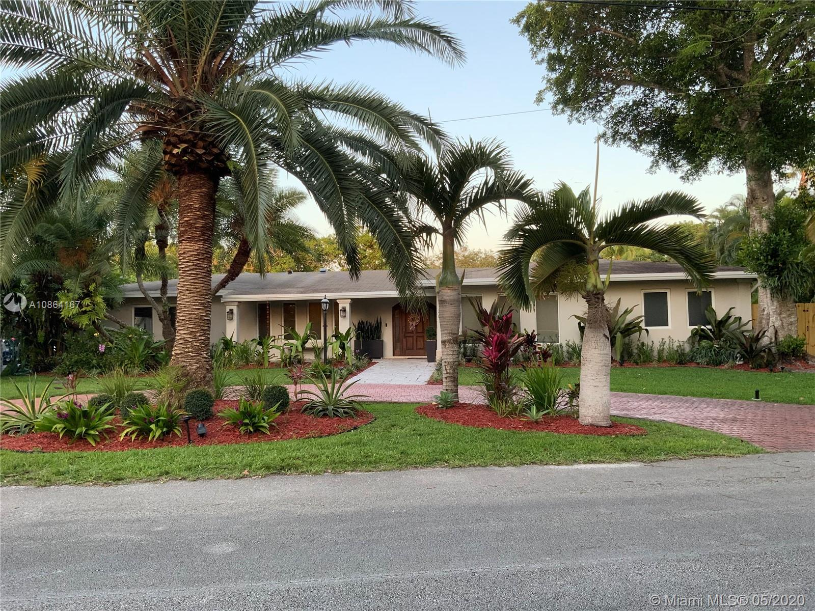 11301 SW 70 Ave  For Sale A10864167, FL