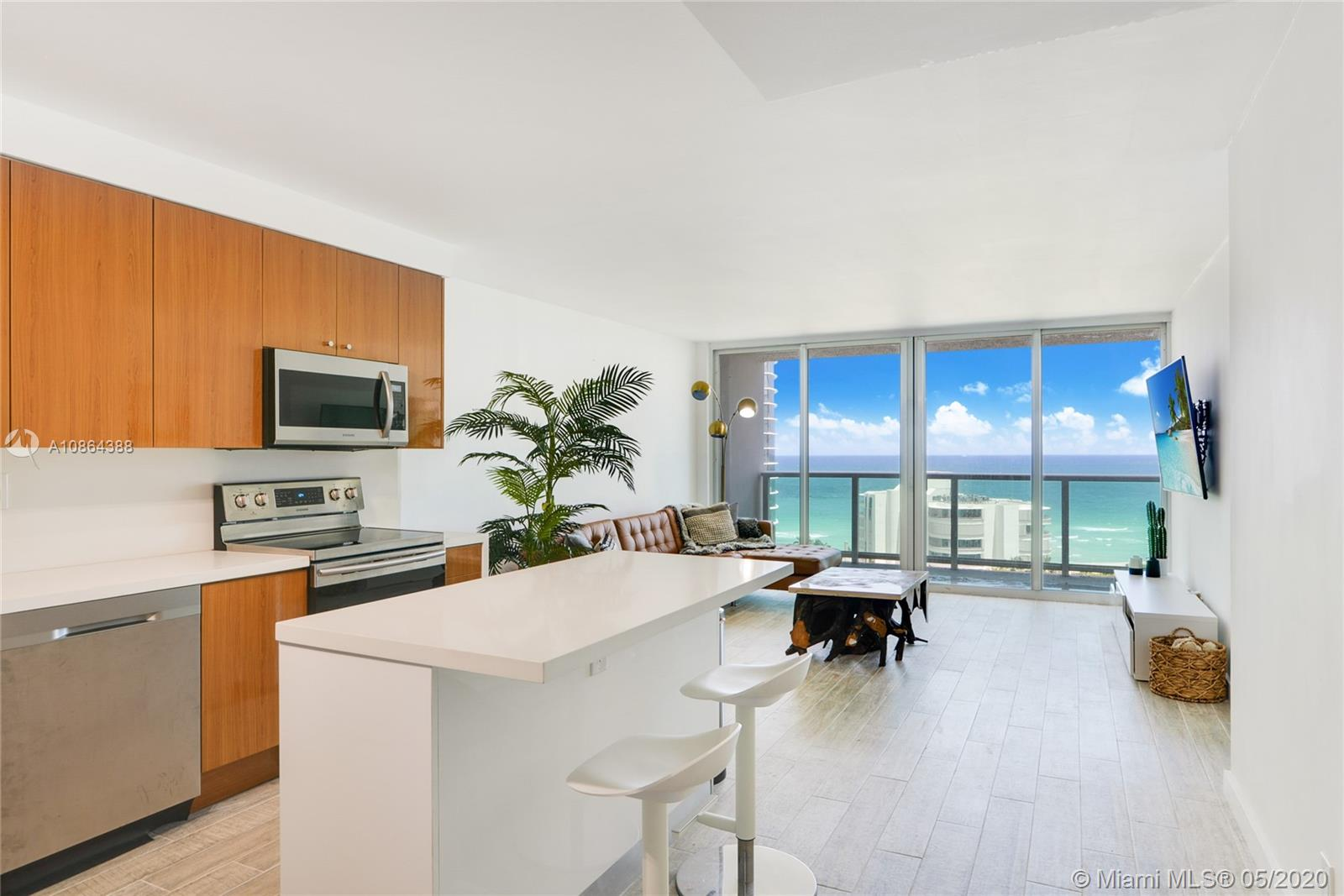 100  Bayview Dr #1409 For Sale A10864388, FL