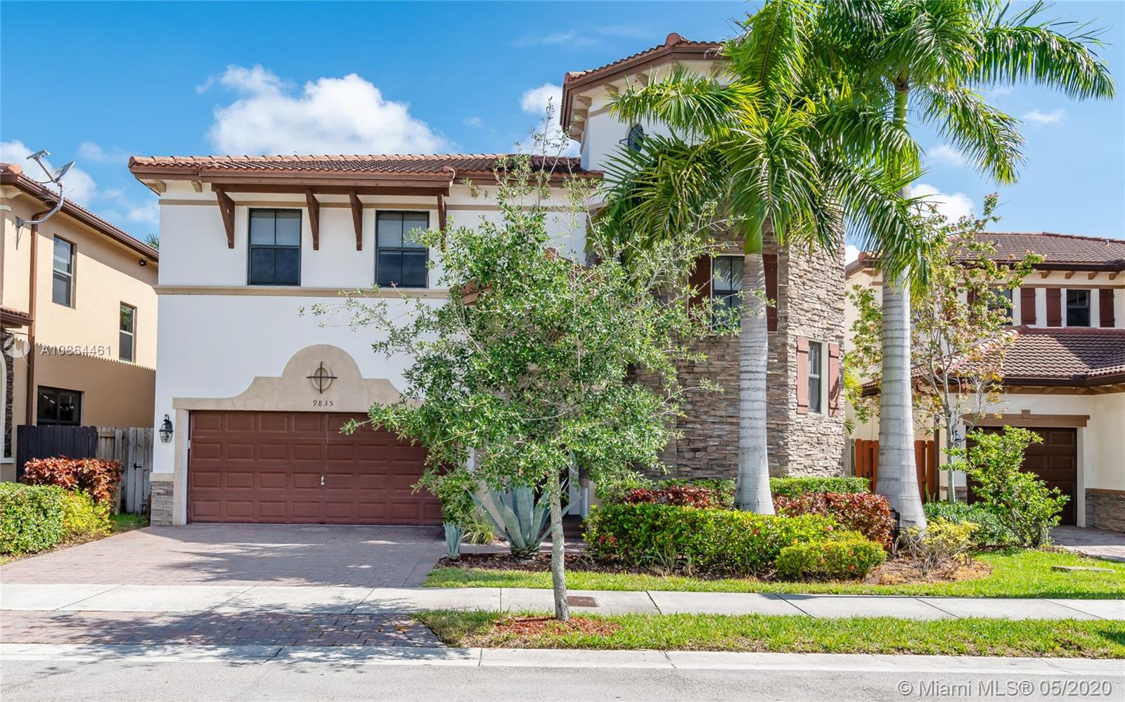 9835 NW 89th Ter  For Sale A10864461, FL