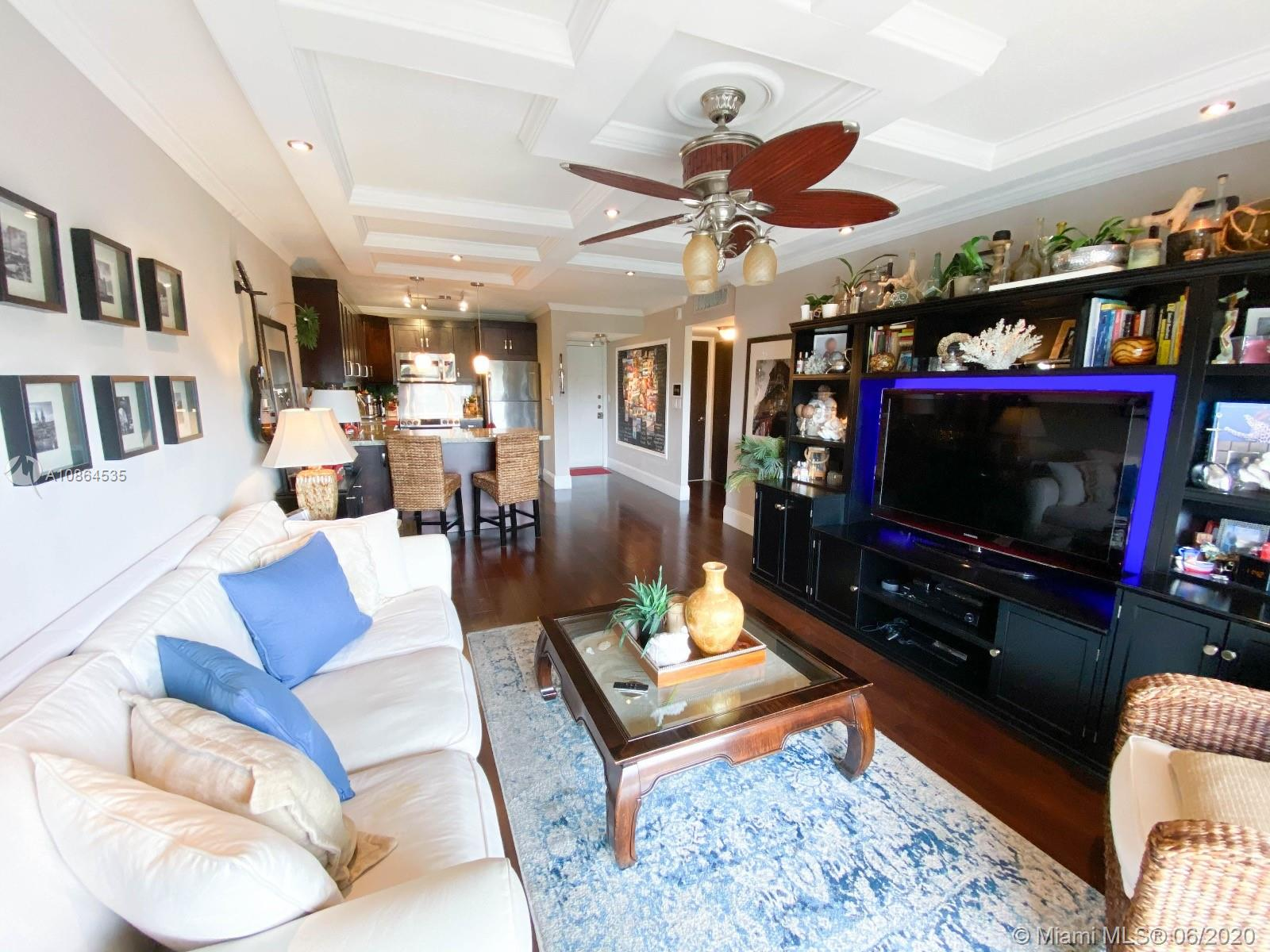 8005  Lake Dr #411 For Sale A10864535, FL