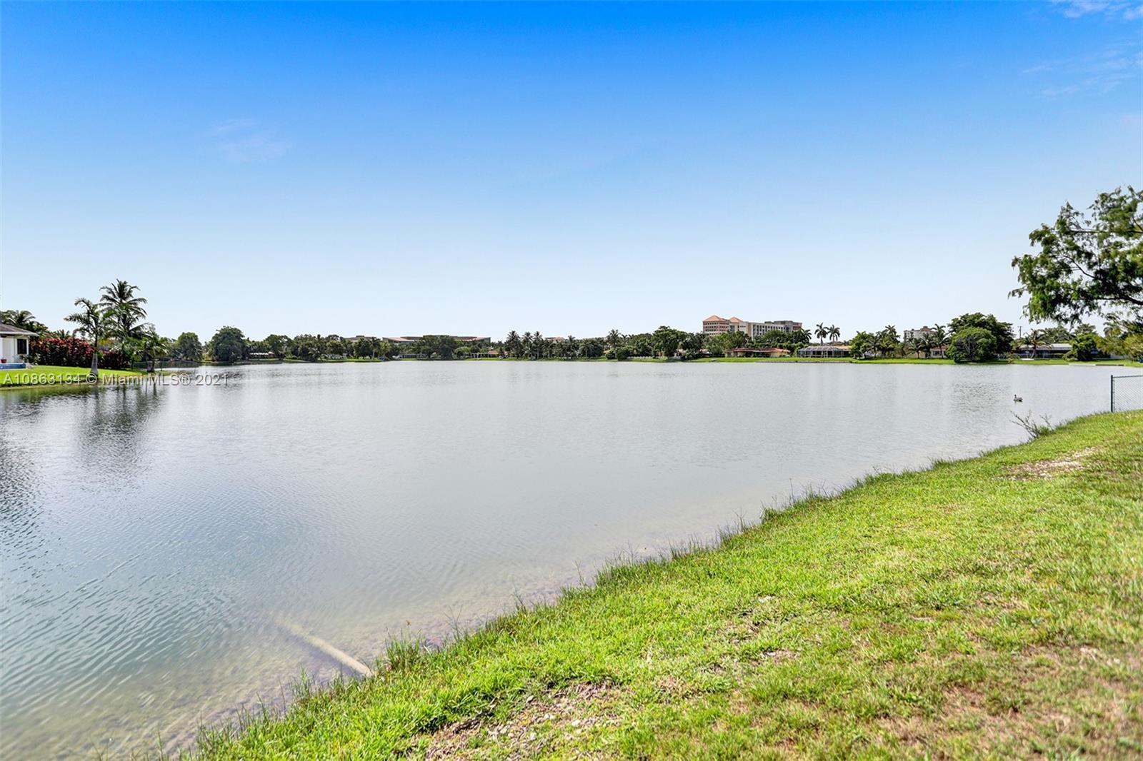 8541 SW 93rd Ct  For Sale A10863134, FL