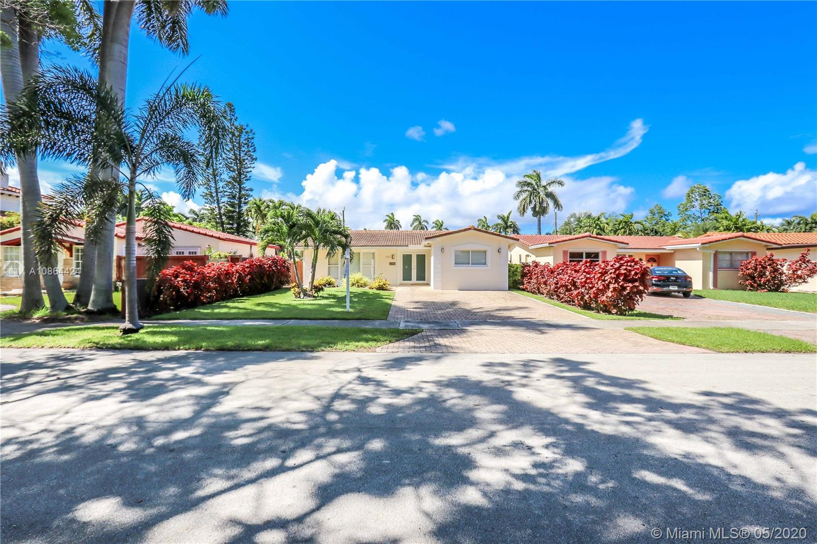 1321  Madison St  For Sale A10864424, FL