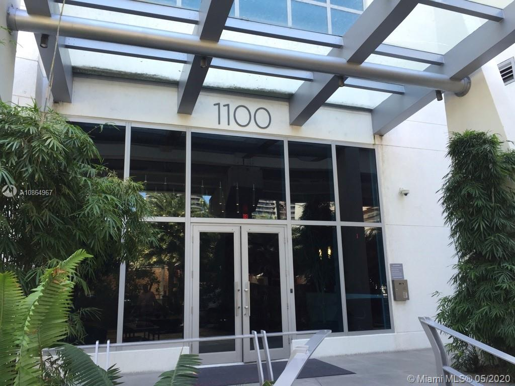 Beautiful and spacious 2 bed 2 bath plus den with wood floors all throughout, Italian kitchen with top of the line appliances and quartz countertops. Great full service building designed by Carlos Ott and Pininfanira. Amazing amenities featuring a rooftop pool, state-of-art gym, social room, business center, spa, kid's room and more. Excellent location on S Miami Ave in the hear of Brickell Area walking distance to public transportation, shops, fine restaurants, banks and much more. A must see!!