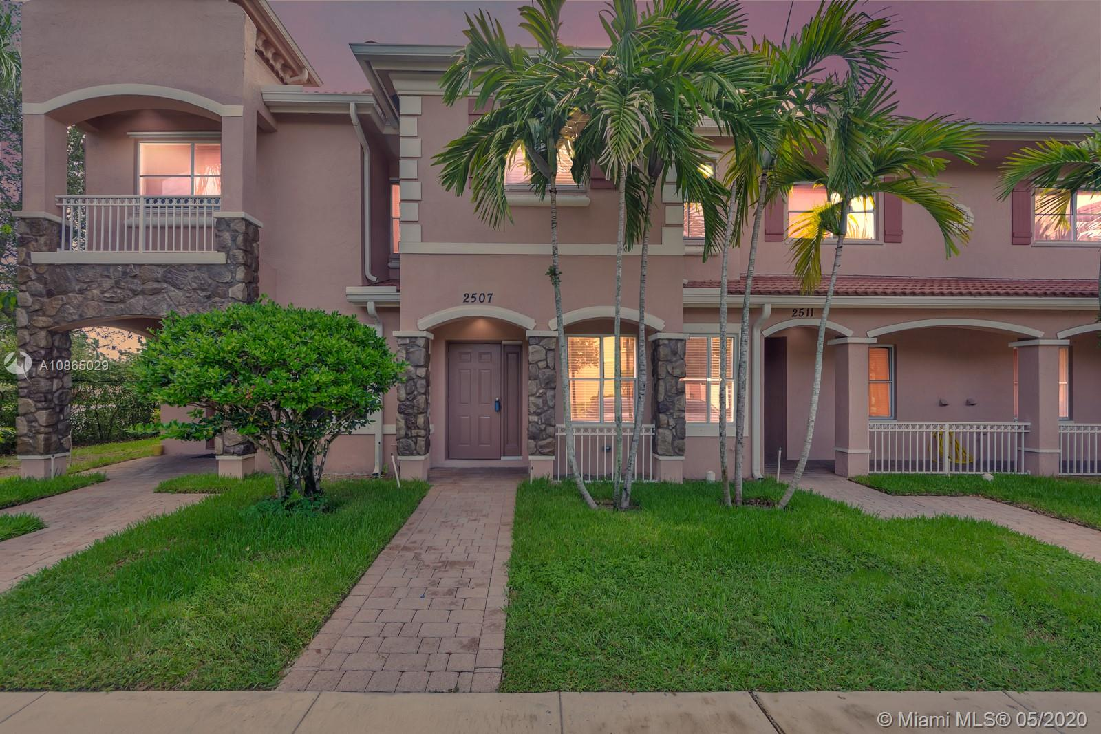 2507 SW 82nd Ave #102 For Sale A10865029, FL
