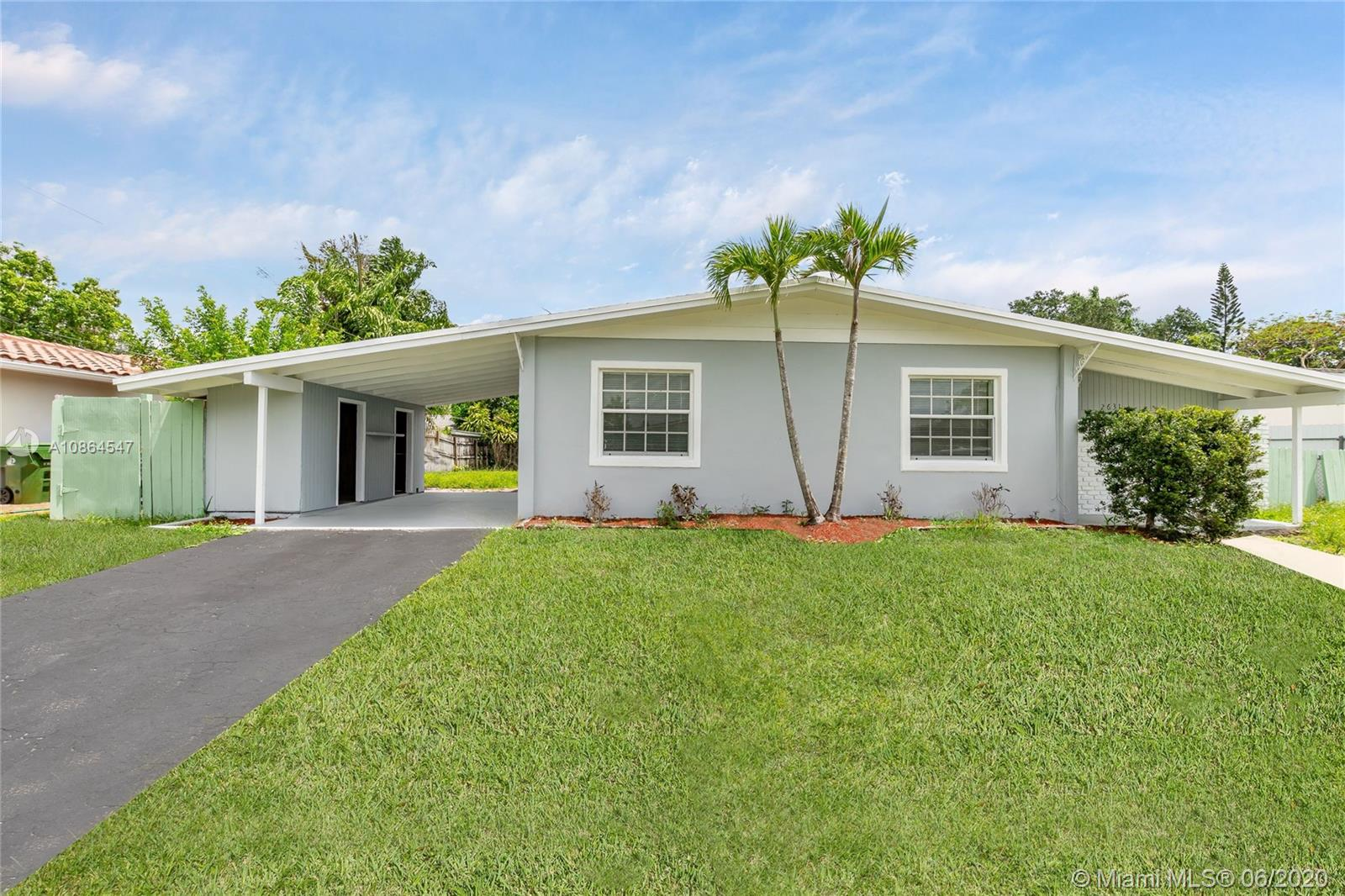 2631 SW 18th St  For Sale A10864547, FL