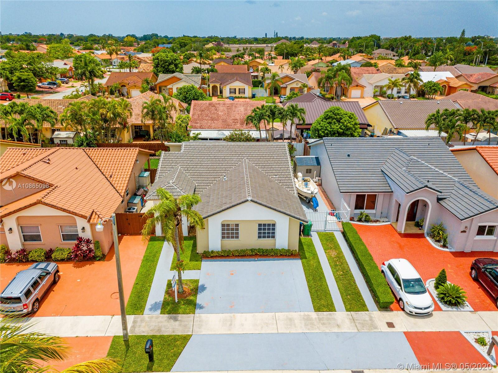 14620 SW 50th St  For Sale A10865096, FL