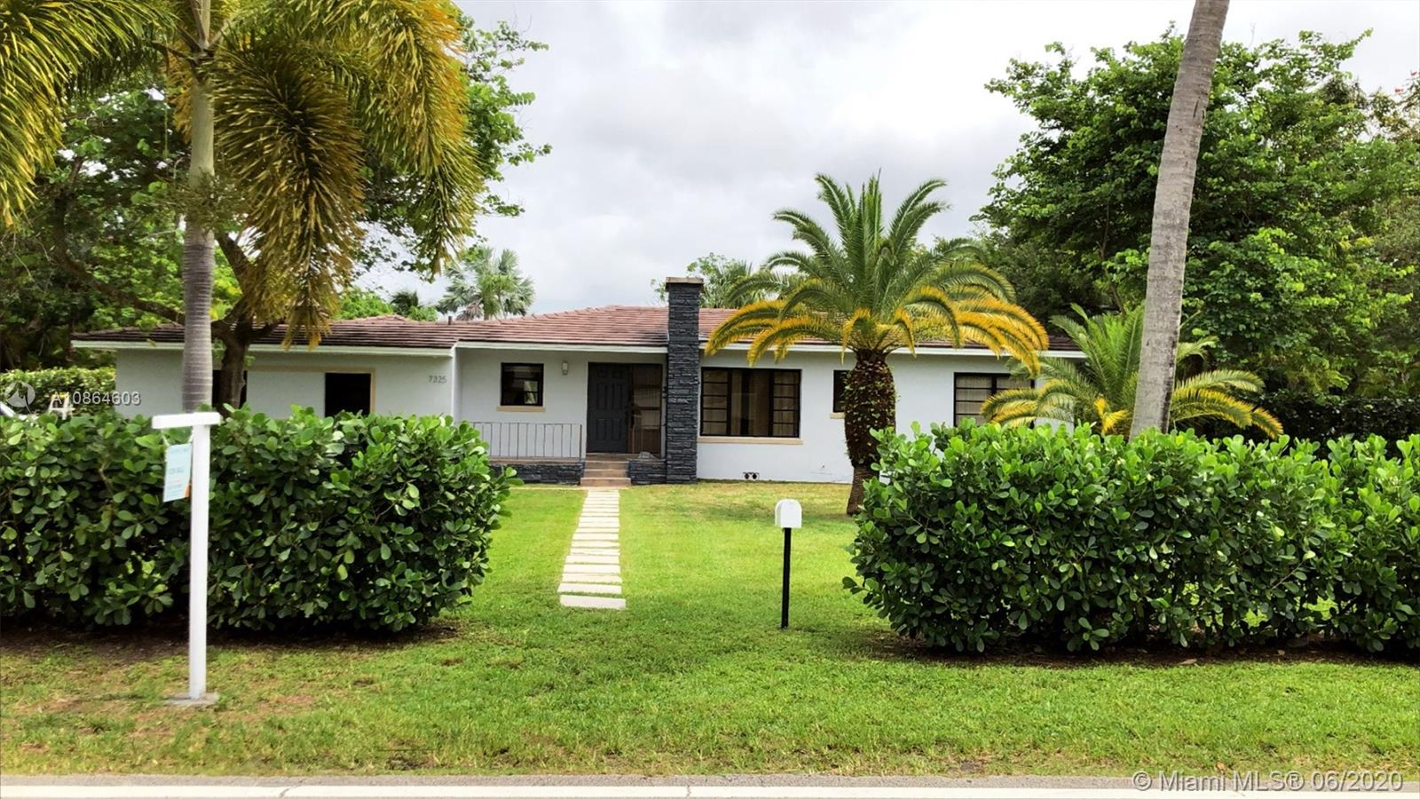 7325 SW 102nd St  For Sale A10864603, FL