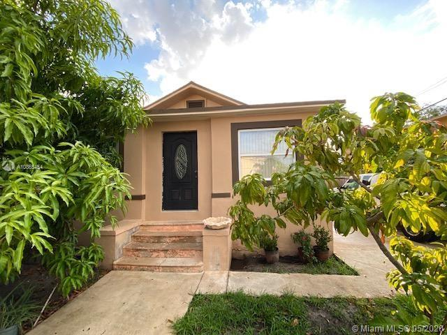 128 SW 11th Ave  For Sale A10865454, FL