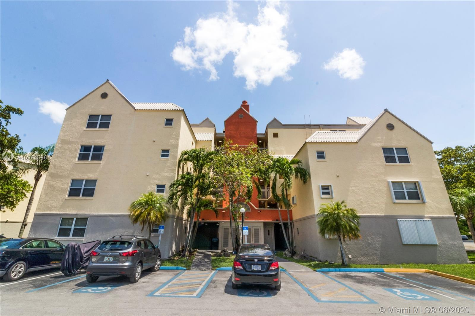 8225  Lake Dr #108 For Sale A10864586, FL
