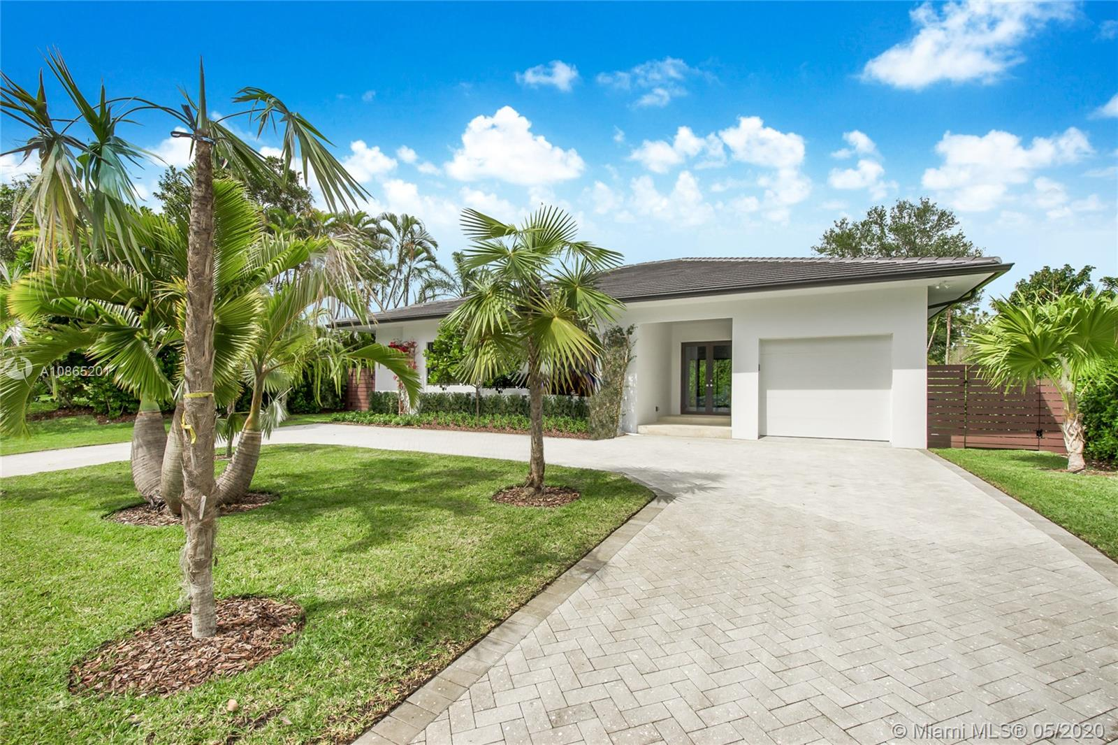 5761 SW 51st Ter  For Sale A10865201, FL