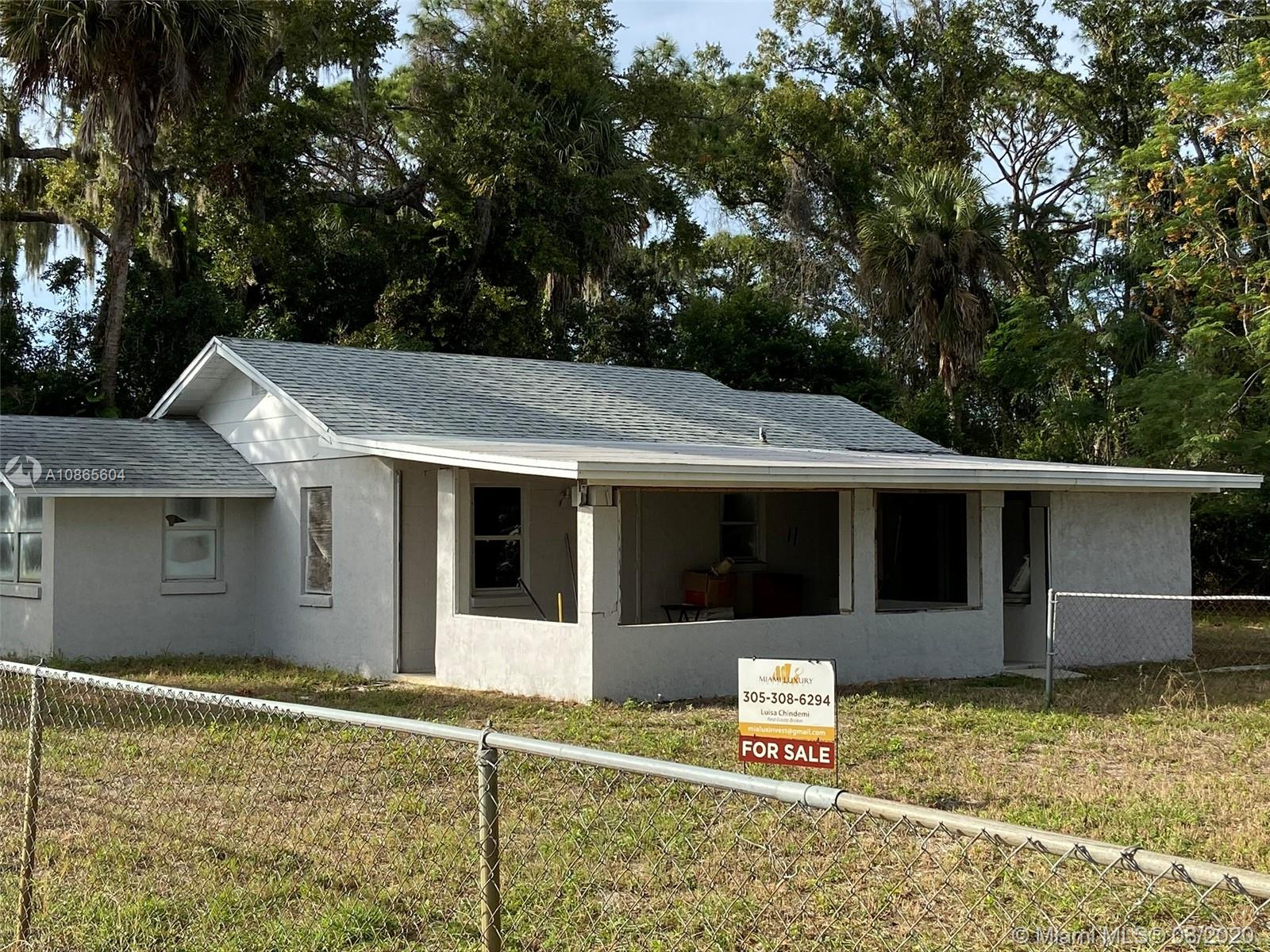 1106  English  For Sale A10865604, FL