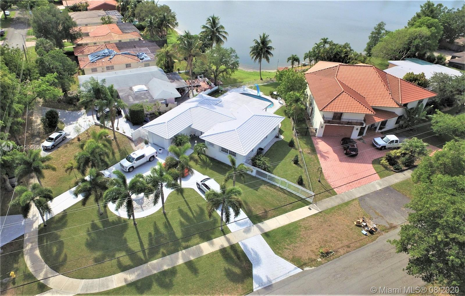 901  Ibis Ave  For Sale A10864575, FL