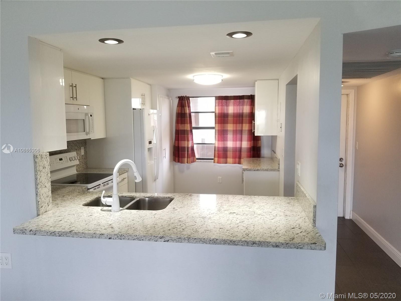 Move in Ready. Seller will consider selling at appraisal value for Buyer's financing purposes. 55+ community, 20% downpayment required for financing.
