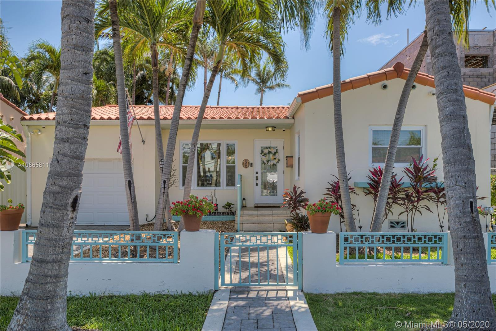 9265  Dickens Ave  For Sale A10865811, FL